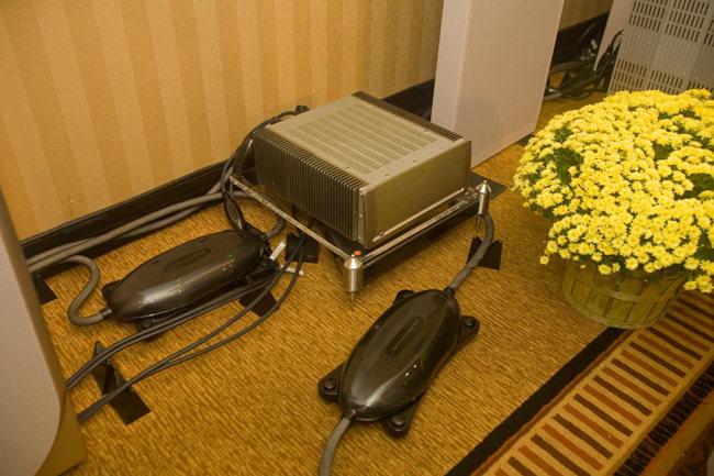 Parasound amp and Transparent cables